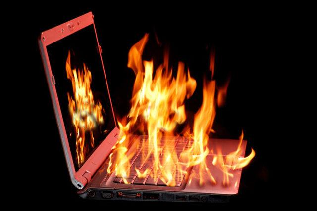 Что делать если ноутбук сильно греется и зависает — инструкция